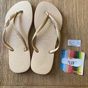 Havaianas, 35-36, tan,gold thin strap w/jewels,new